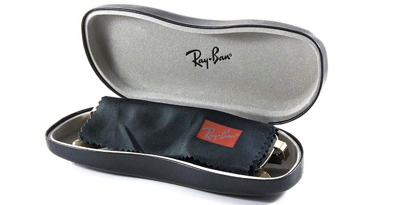 a914316f0f074 Óculos De Grau Ray Ban Erika Rb7046 Preto Tam 51 - R  269,90 em ...