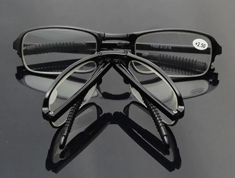 Oculos De Leitura Portátil Com Estojo Chaveiro - R  89,00 em Mercado ... f68730e694