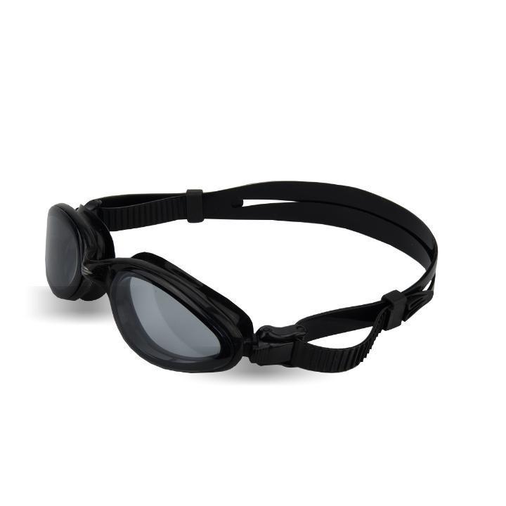b5a86f663611b Óculos De Natação Varuna Midi Preto Lente Fumê Mormaii - R  69,90 em  Mercado Livre