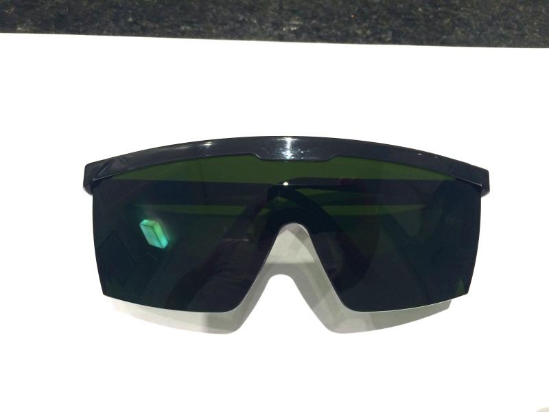 oculos de proteçao contra raio laser luz pulsada mod jaguar. Carregando  zoom. 99f891ac49