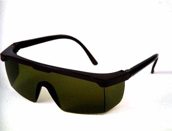 128b30aace469 Óculos De Proteção Segurança Jaguar Verde Ir 5 - Kalipso - R  25