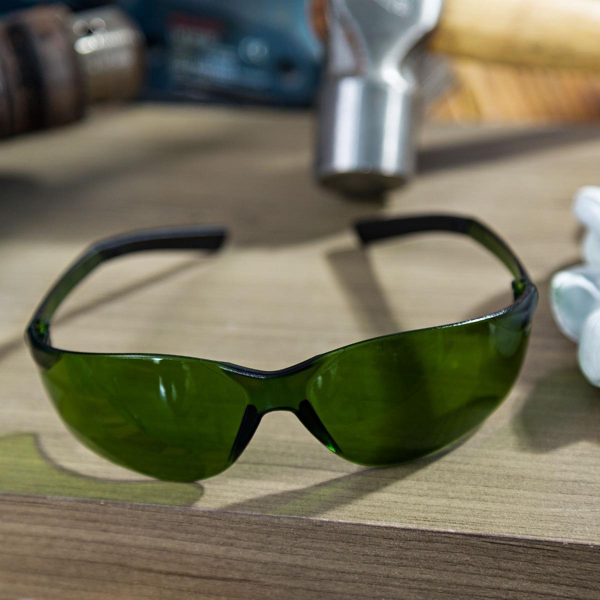 Óculos De Segurança 3m Vision 8000 Verde - R  14,50 em Mercado Livre b3991543db