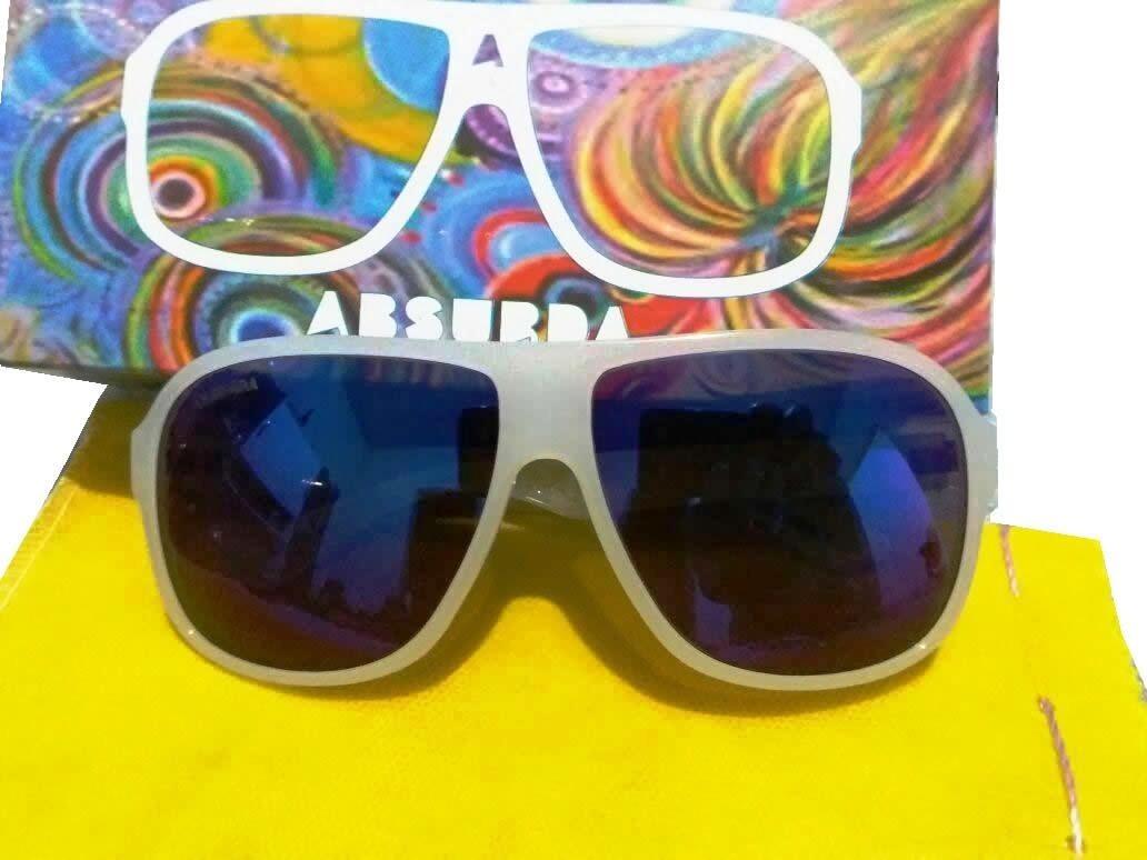 Óculos De Sol Absurda Branco amarelo + Brinde - R  32,00 em Mercado ... 8b34048efe