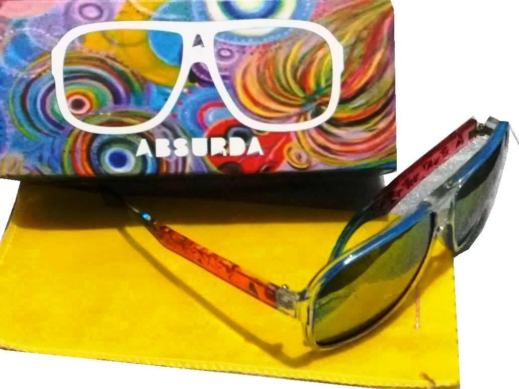 Óculos De Sol Absurda Calixto Rosa azul - R  32,00 em Mercado Livre 4b48d3f151