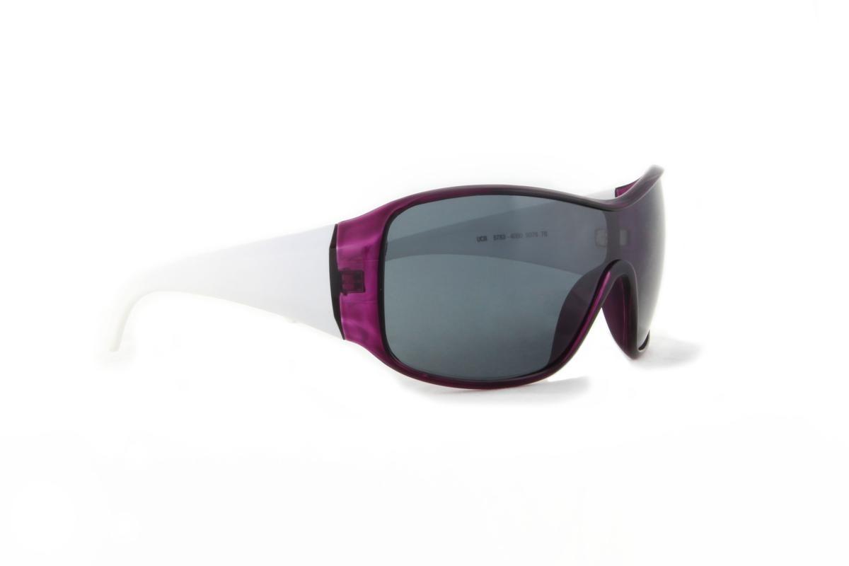 16e7a30aa0ea6 óculos de sol benetton acetato roxo e branco lente preta. Carregando zoom.