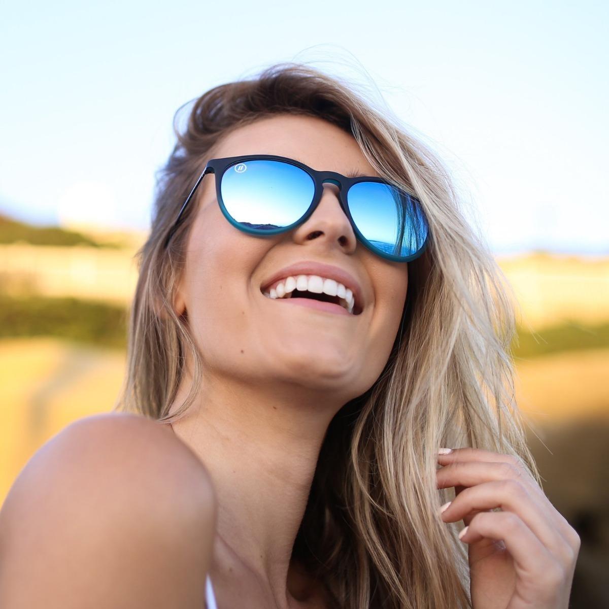 Óculos De Sol Blenders Fifth Avenue Flash Feminino - R  415,00 em ... 888301349e