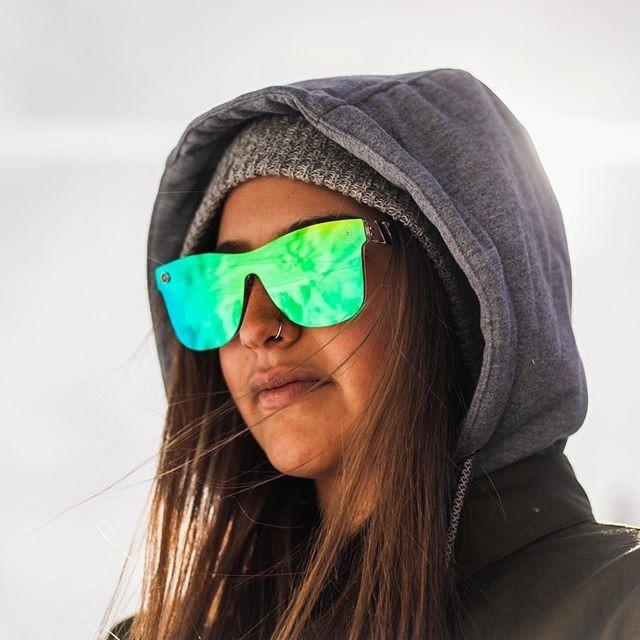 55afcaab8a05d Óculos De Sol Blenders Midori Splash Polarizado Feminino - R  309