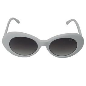 78e5f6ca7 Óculos De Sol Branco Estilo Kurt Cobain Geror Desconto 30%. R$ 133