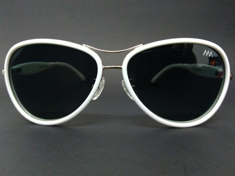 óculos de sol branco feminino lentes polarizadas t 038 c15. Carregando zoom. e398525bb1
