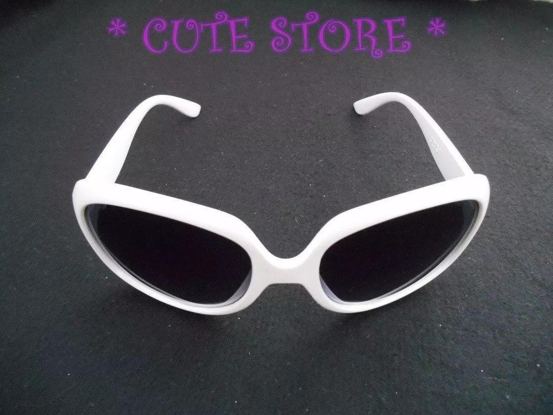 ed182427b Óculos De Sol Branco Feminino Óculos Escuro - R$ 16,00 em Mercado Livre