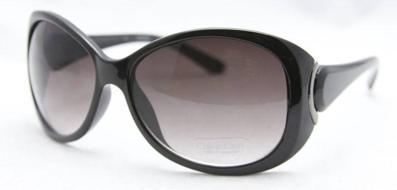dd0b2c76df990 Óculos De Sol Calvin Klein R621s
