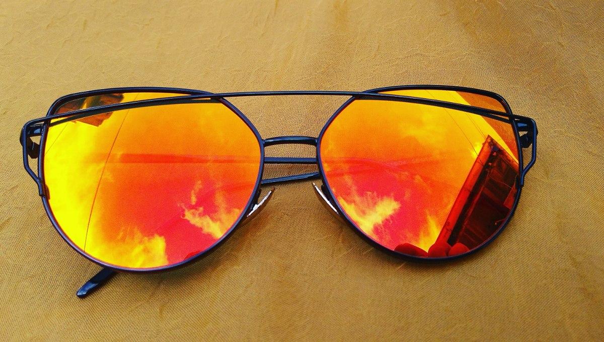 Óculos De Sol Cat Eyes Olho De Gato Vermelho E Preto - R  69,99 em ... 533e0ee322