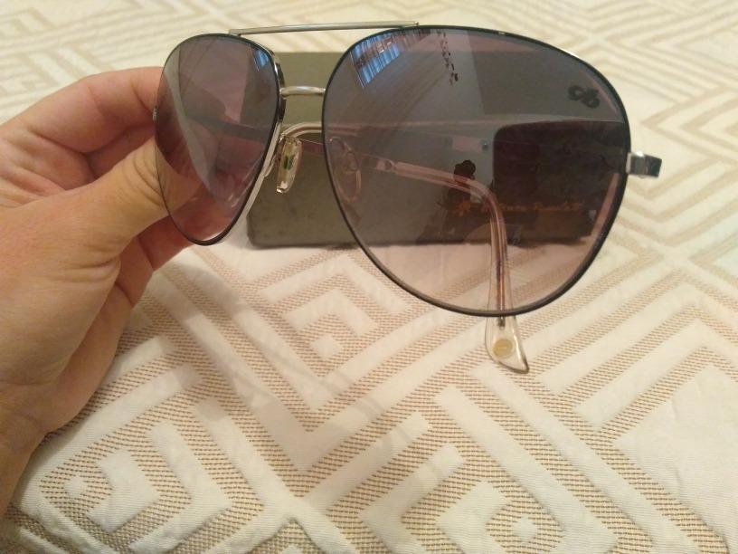 f0ad9c9aa Óculos De Sol Chilli Beans Em Ótimo Estado!!! - R$ 70,00 em Mercado ...