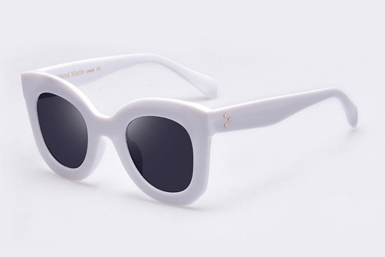 Óculos De Sol De Acetato Branco - R  89,00 em Mercado Livre 386d134f7c