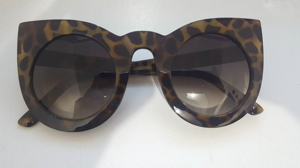 c52c7f1352ba6 óculos de sol de gatinho - redondo - hipster - oversized. Carregando zoom.
