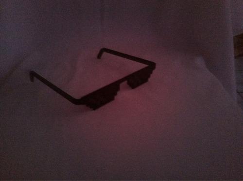 óculos de sol deal with it