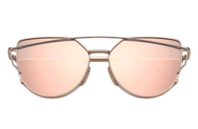 Óculos De Sol Dior Feminino - Starlight Gato - R  35,00 em Mercado Livre 1f4ec746ea