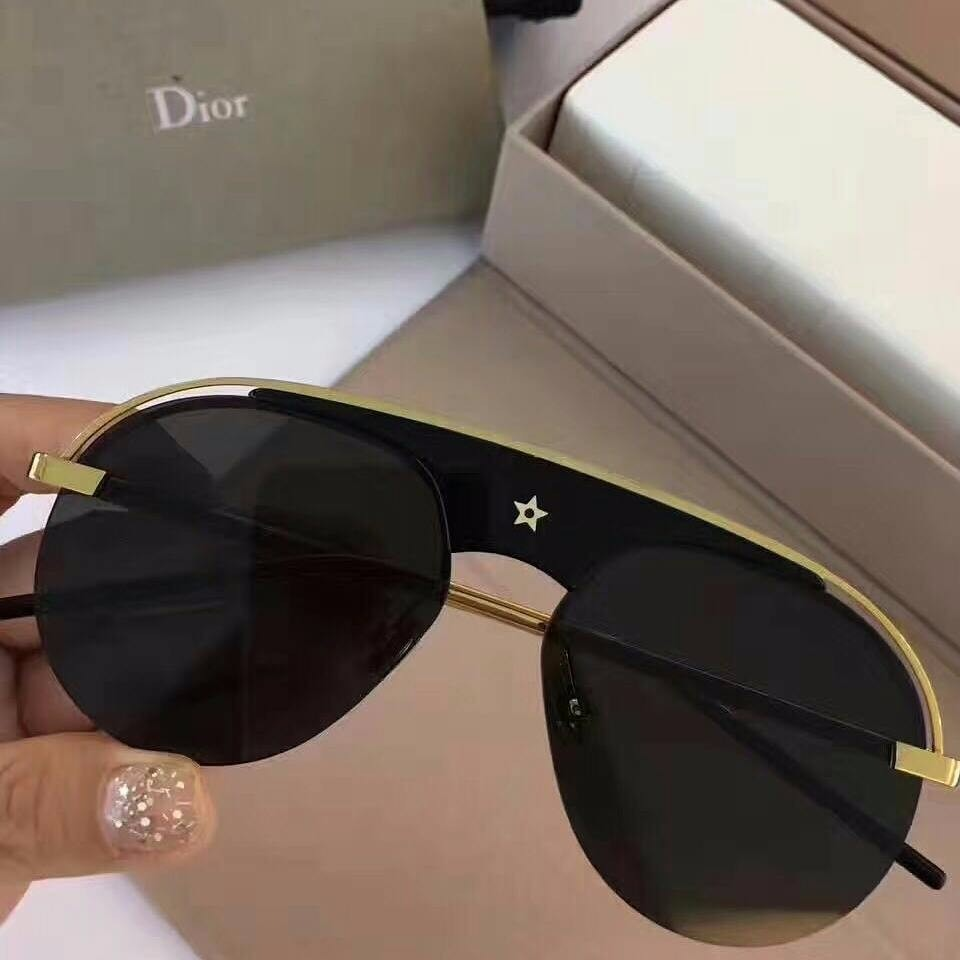 Oculos De Sol Dior Revolution - R  890,00 em Mercado Livre 5ea1c62843