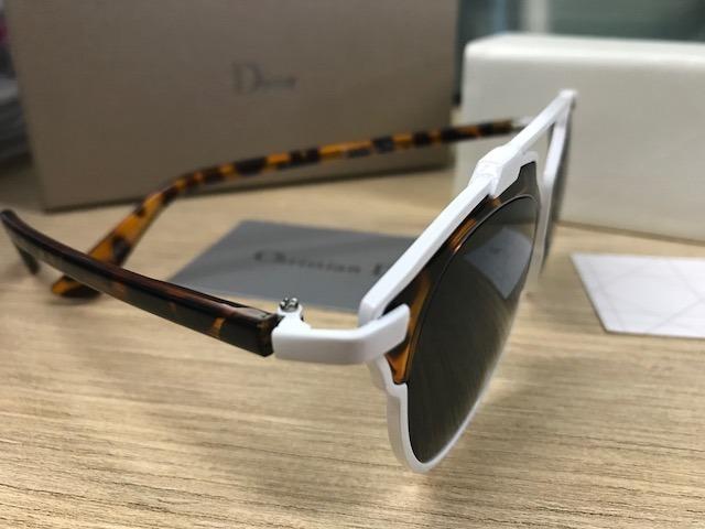Óculos De Sol Dior So Real Branco   Tartaruga - R  299,00 em Mercado ... 484f6c9ab6