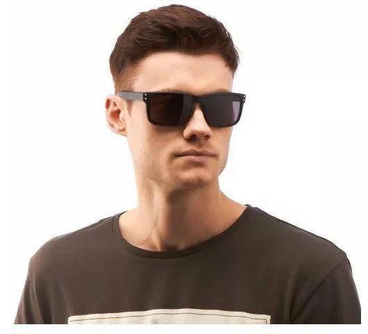 Óculos De Sol Escuro Masculino Quadrado Espelhado Barato - R  39,90 ... 5f887dd4b2