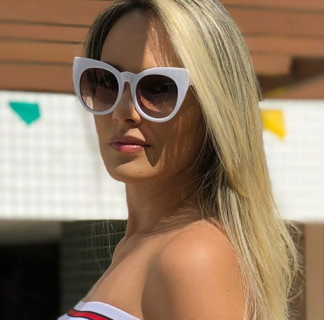80277a46b6756 óculos de sol escuro modelo blogueira estiloso clássico luxo. Carregando  zoom.