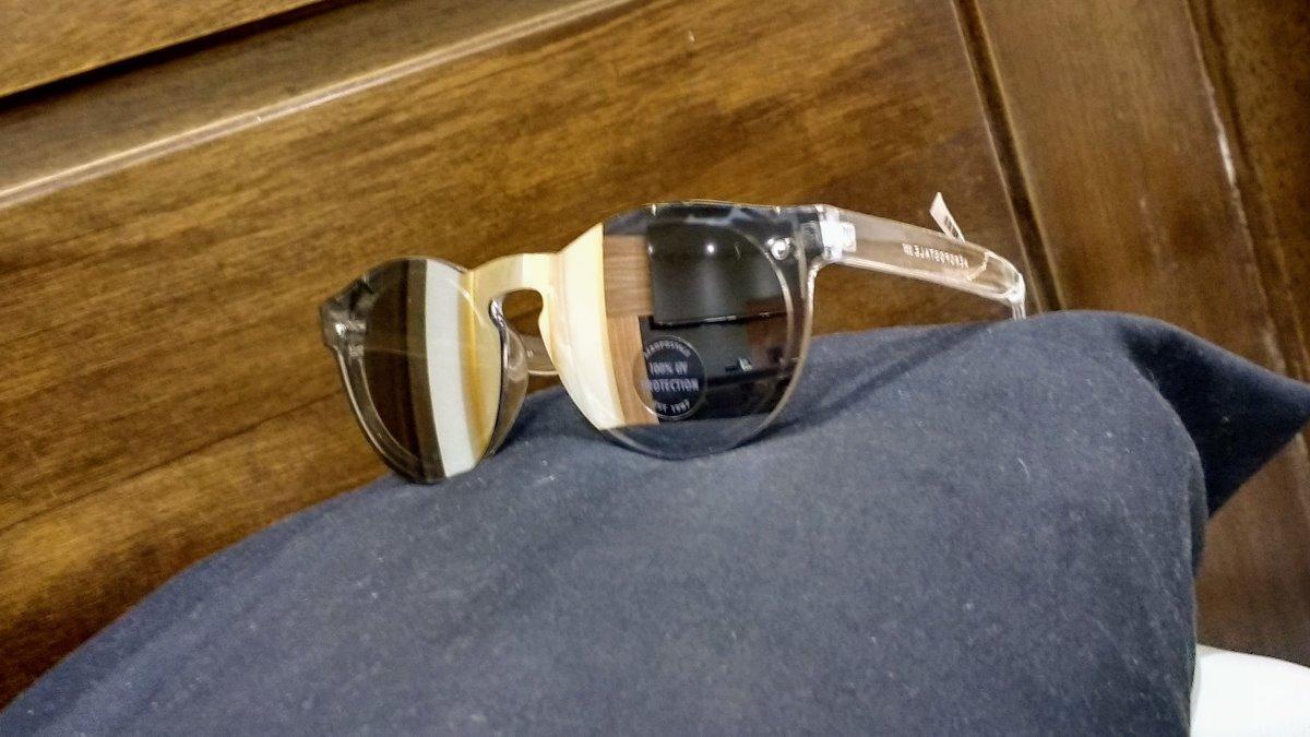 7ca9b99997542 Óculos De Sol Espelhado Unisex Original Aéropostale - R  55,00 em ...
