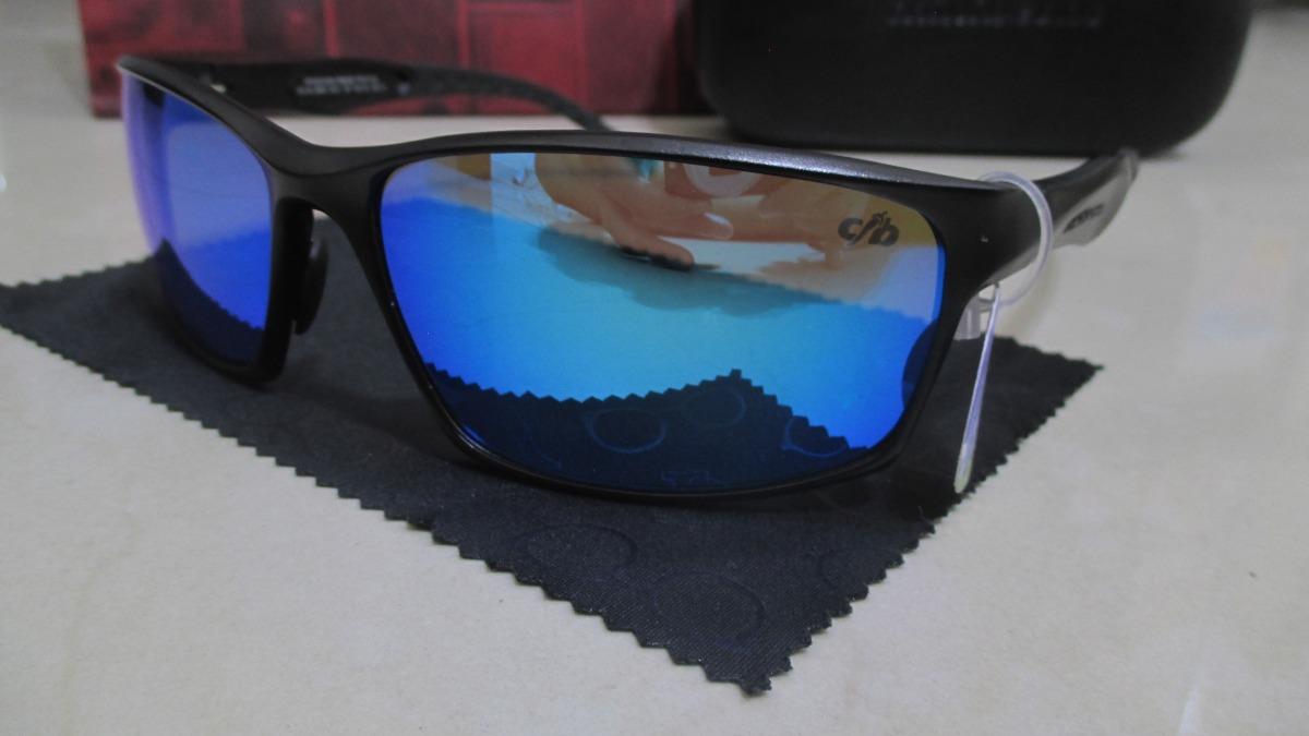 ba3e333b3 óculos de sol esportivo chilli beans - lente polarizada azul. Carregando  zoom.