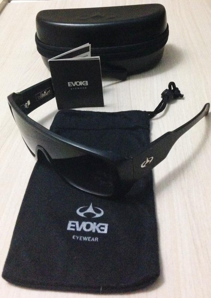 1f1fe7d674ff4 óculos de sol - evoke amplifier eco silver edição limitada. Carregando zoom.