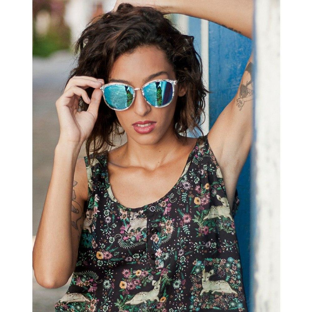 41aa0d590e23b óculos de sol feminino armação efeito marmorizado lente azul. Carregando  zoom.