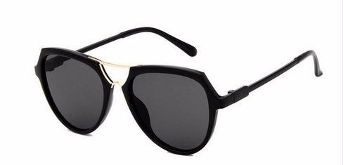 76397d496 Óculos De Sol Feminino Arredondado Haste Dourada Moda 2017 - R$ 53 ...