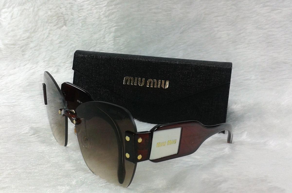 8604b52013cb0 Óculos De Sol Feminino + Brinde Case Luxo - R  38,00 em Mercado Livre
