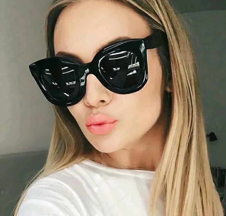 Óculos De Sol Feminino Celine Grande Todo Preto Uv400 - R  69,00 em ... 846b4a397f