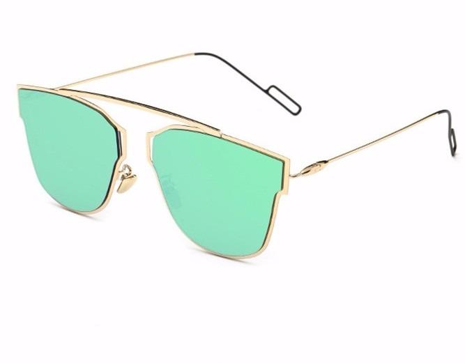 Óculos De Sol Feminino Dourado Com Lente Verde Espelhada - R  122,77 ... b8b3b04600