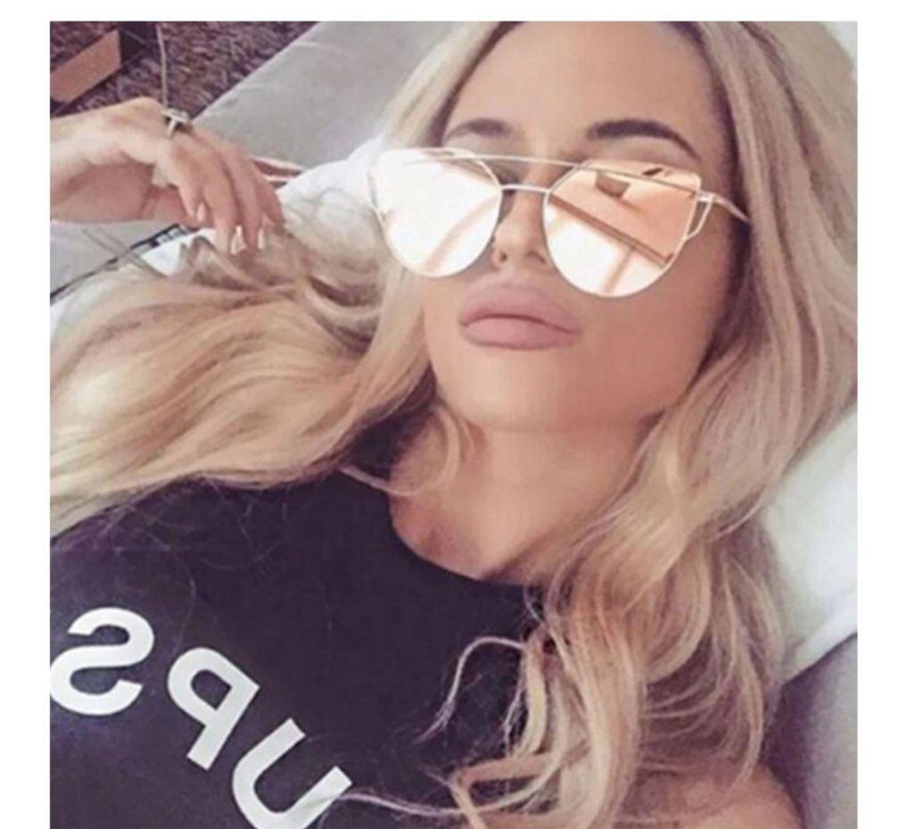 63dbf3a58dc26 óculos de sol feminino espelhado gatinho proteção uv barato. Carregando  zoom.