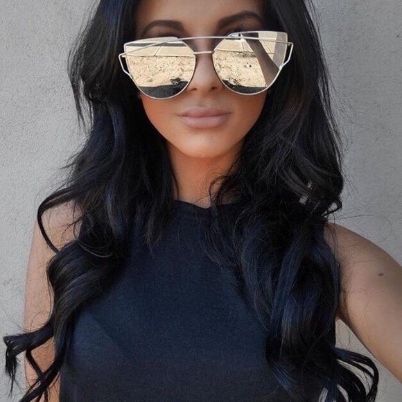 Óculos De Sol Feminino Espelhado Olho De Gato Gatinho Barato - R  73 ... f7c6ae4eb5