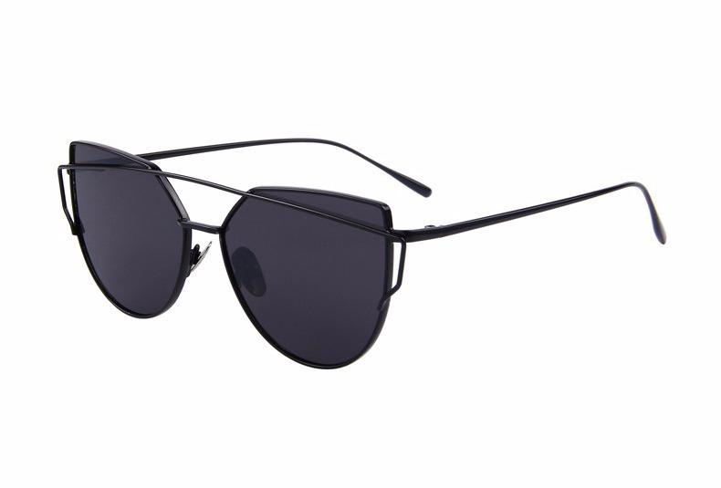 Oculos De Sol Feminino Espelhado Olho De Gato Gatinho Barato - R  67 ... 56814edfb3