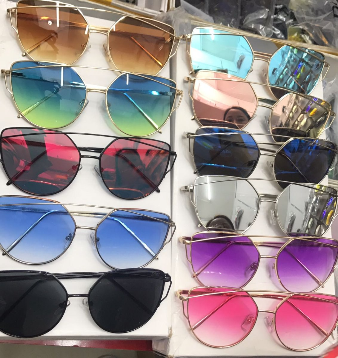 efaa5f7017493 óculos de sol feminino espelhado uv-400 c  estojo e flanela. Carregando  zoom.