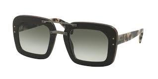 Óculos De Sol Feminino Estilo Amadeirado Várias Cores - R  120,00 em ... e2e2ceba5b