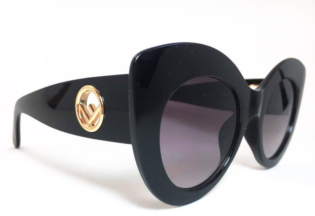 2cfaa0b33d234 oculos de sol feminino fendi original verão 2019 frete grati. Carregando  zoom.