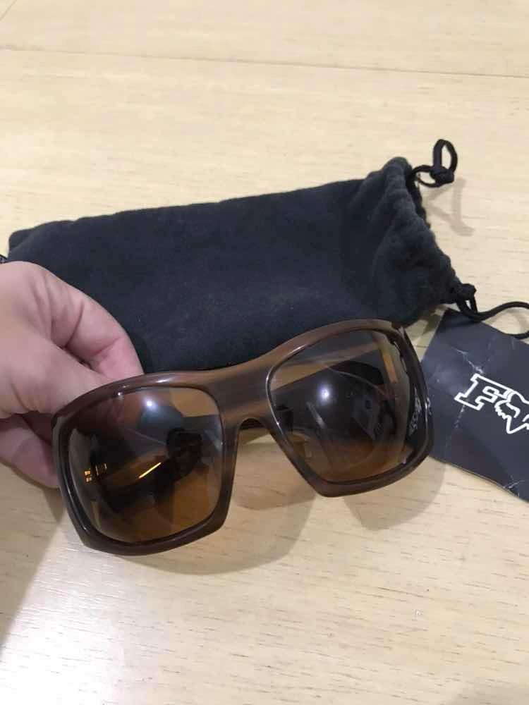 Óculos De Sol Feminino Fox Racing Importado - R  50,00 em Mercado Livre 07d3e70365