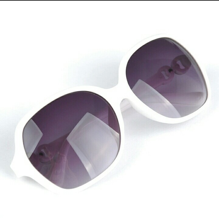 68dd2260861d8 Óculos De Sol Feminino Gatinho Bonito E Barato - R  35
