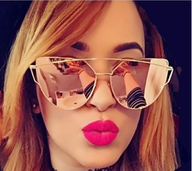 dd4301b164989 Óculos De Sol Feminino Gatinho Grande Armani Ea4083 C  Frete - R  65 ...