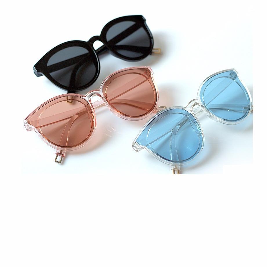 82548cf2f óculos de sol feminino lente colorida transparente cor azul. Carregando  zoom.