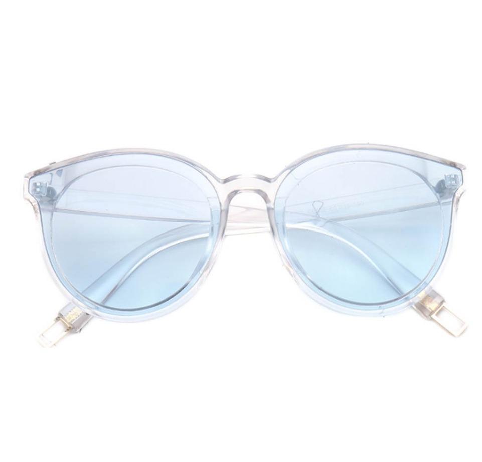 15ea929f10f89 óculos de sol feminino lente colorida transparente cor azul. Carregando zoom .