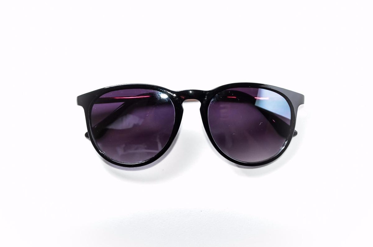 óculos de sol feminino preto lente degrade redondo blogueira. Carregando  zoom. b7a62abcd6