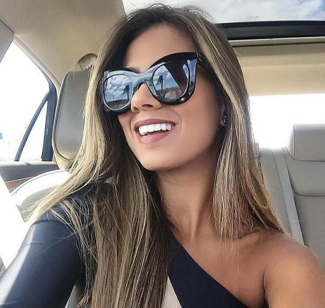 ff7d6af2da6a2 óculos de sol feminino quadrado famoso barato importado novo. Carregando  zoom.