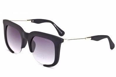 b8c5aa09b3865 Óculos De Sol Feminino Quadrado Mascara Aberto Rasor Grande - R  47 ...