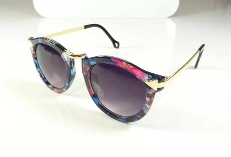 Oculos De Sol Feminino Redondo Dourado Colorido Moderno A805 - R  35,99 em  Mercado Livre f670b40ce4