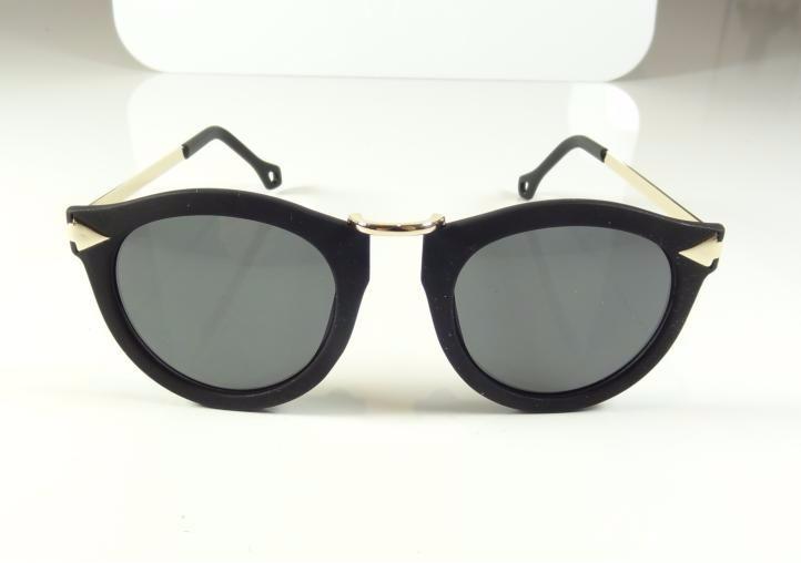Oculos De Sol Feminino Redondo Preto Fosco Dourado A806 - R  35,99 ... 1b3d86f8dc