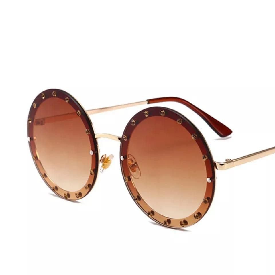 óculos de sol feminino redondo strass par amour paris 2018. Carregando zoom. f400d269f0b
